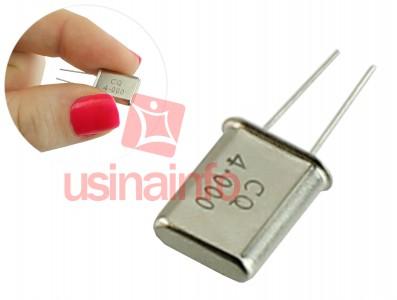 Cristal Oscilador 4MHz para Microcontroladores