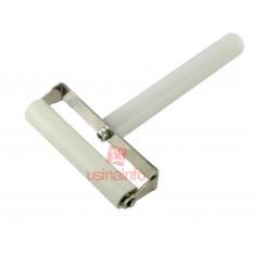 Rolo de Silicone com cabo para aplicação de películas - Modelo B (7,8cm)