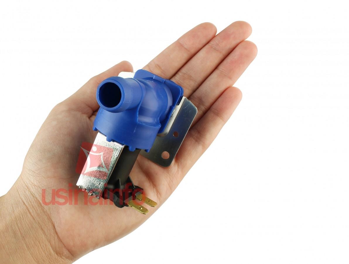 Válvula Solenoide para Água 127V ou 220V NF 180° (3/4 x mang. 1/2) - Com suporte