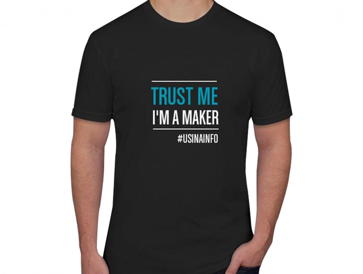 """Camiseta Maker """"Trust Me I'm a Maker"""" - Preta"""
