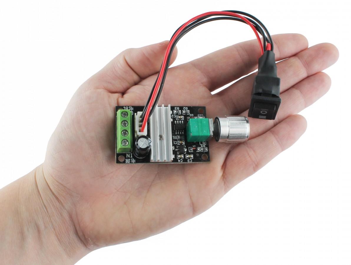 Controlador PWM 1203BB 3A / Regulador de Velocidade para Motor com Potenciômetro e Botão Reverso
