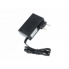 Fonte de Alimentação Chaveada 15VDC 2A Plug P4