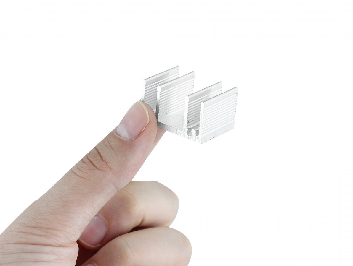 Dissipador de Calor em Alumínio 28x20x16mm