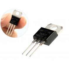 Regulador de Tensão 7805 5V para Projetos