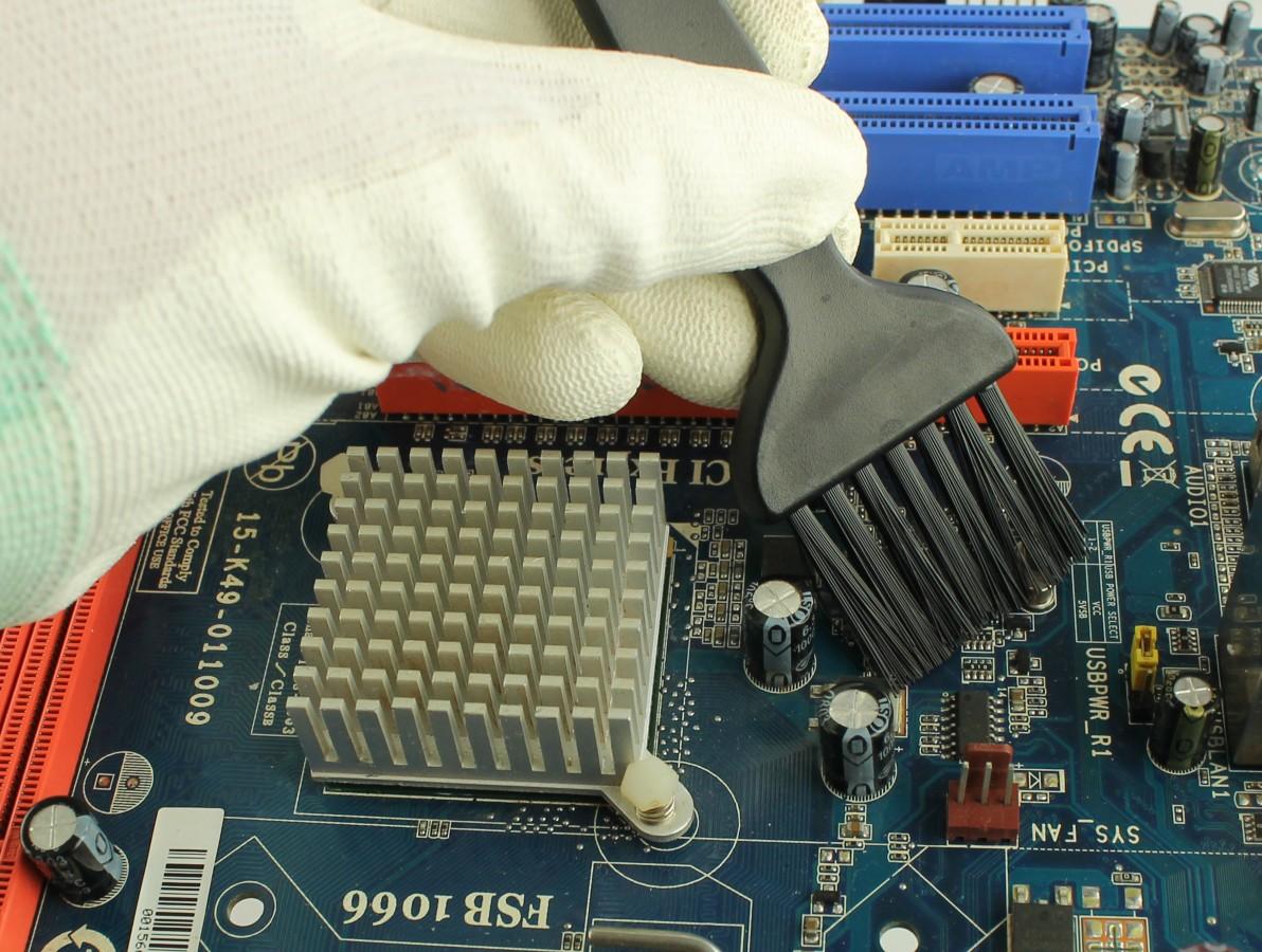Pincel Antiestático para Limpeza de Placas de Circuito Impresso, Equipamentos e Componentes Diversos