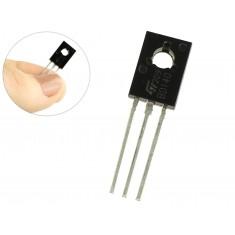 Transistor PNP BD140 para Projetos